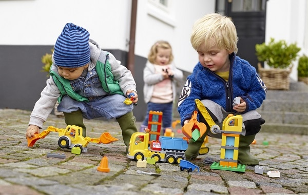 Best Toys for 2-Year-Olds, the lot dallas, LEGO Duplo Big Construction Site playing together